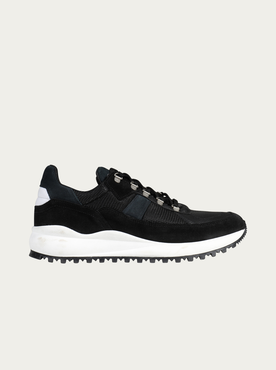 Garment Project Sneaker Sky in Schwarz